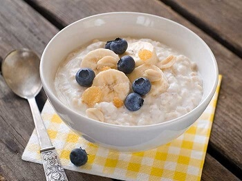 Swap sugary cereal for oats, bananas and berries