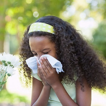 girl dealing with hay fever