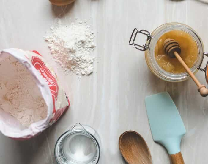benefits of baking with honey