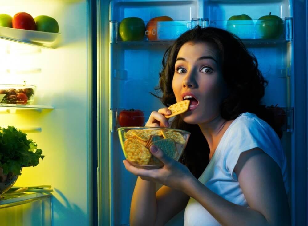 Eating at night may be bad for you
