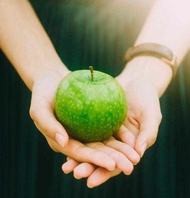 A healthy apple
