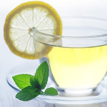 Treatment of sore throat with hydration